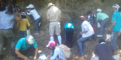 青協化石採掘20120805