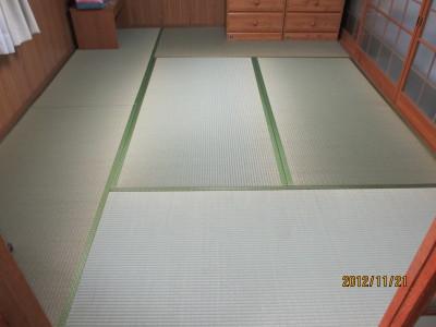 成羽小林2階後20121121